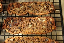 Fig and Walnut Cracker