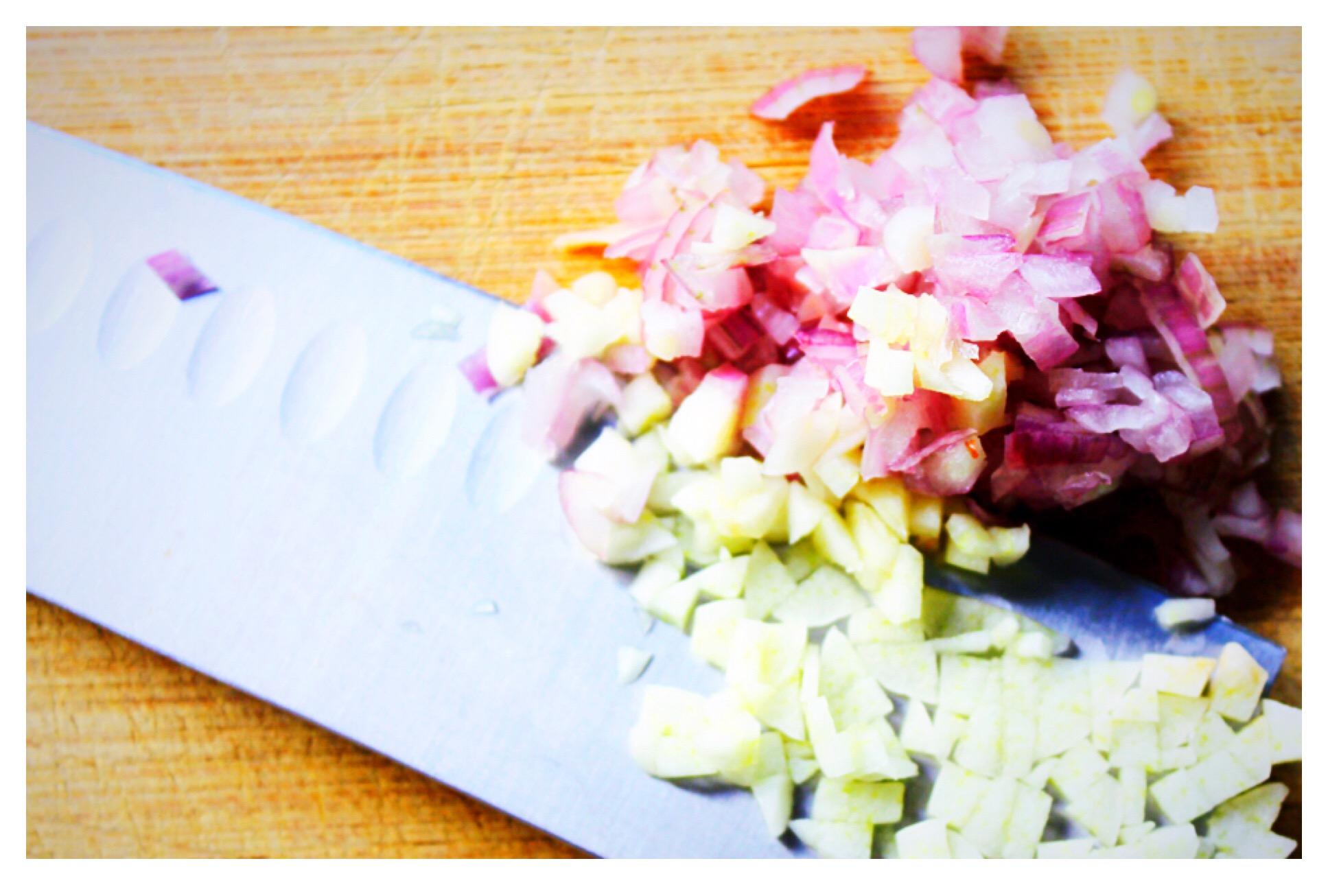 shallots-and-garlic
