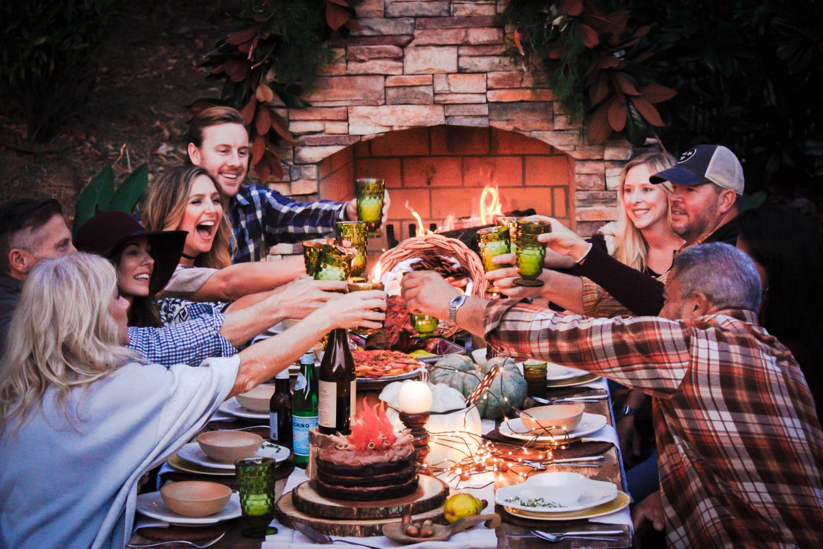 fireside with friends a casual fall dinner party celebrating comfort food in the great. Black Bedroom Furniture Sets. Home Design Ideas