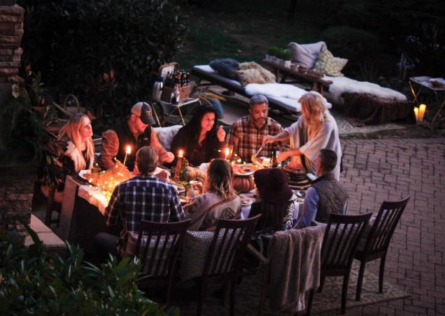 fireside-dinner-bliss