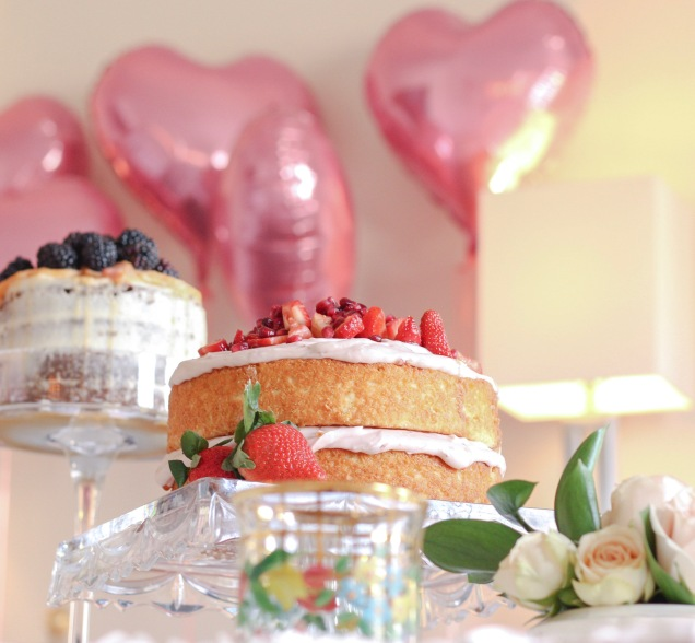strawberry-cake-with-balloons