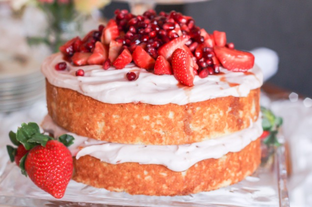strawberry-cake-with-balsamic-strawberry-garnish