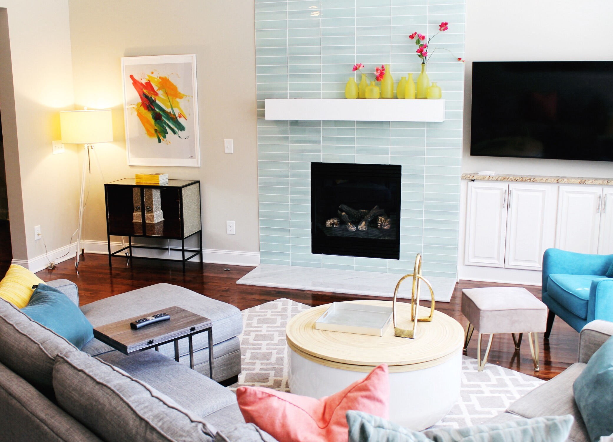 Colorful and Contemporary Living Room Makeover