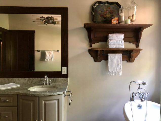 Westview Cabin Master Bath 3